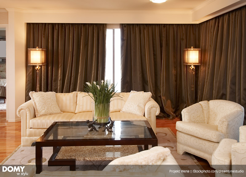 oppulent lounge room