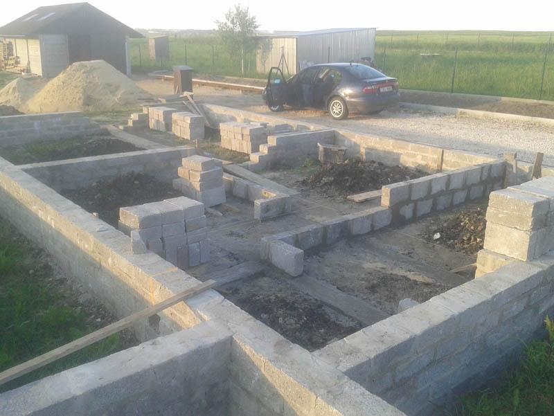 Фундамент своими руками под керамзитобетонные блоки 28
